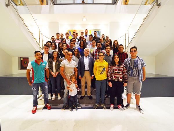 Photo of 56 deportistas ourensáns reciben axudas da Deputación