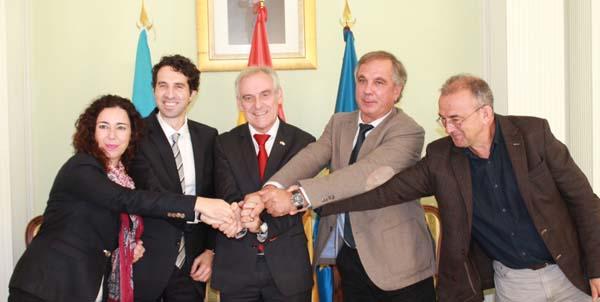 Photo of Alumnos de Dereito e Traballo Social realizarán prácticas na Subdelegación do Goberno