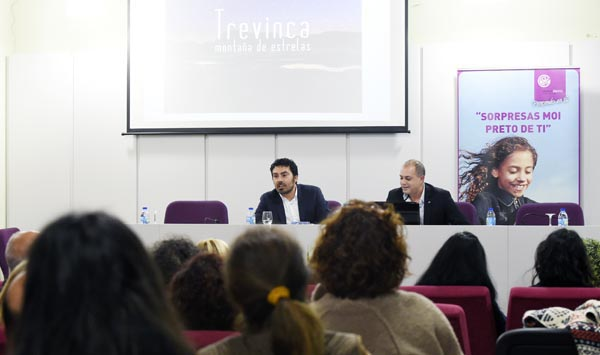 "Photo of Trevinca ""Destino Starligh"", na clausura da asemblea do Barco CCA"