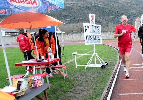 Photo of Carlos Revuelta completa o seu maratón número 100