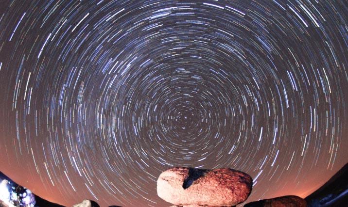 Photo of O único sendeiro estelar nocturno de Galicia, na Veiga