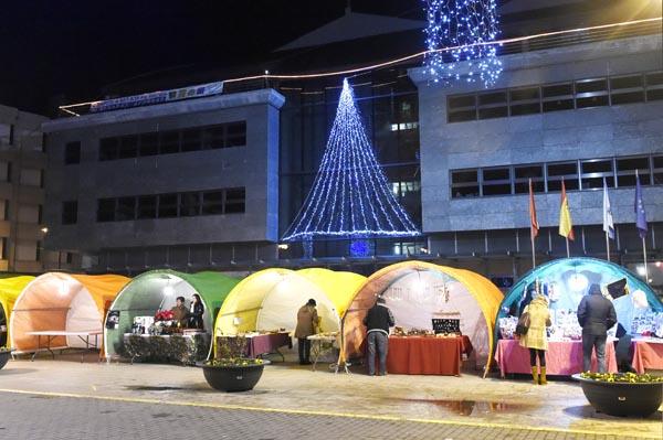 Photo of O Mercadiño de Nadal do Barco reúne 30 postos