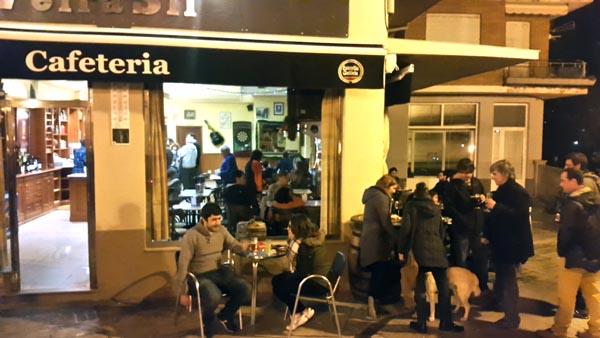 Photo of Reabre a cafetería barquense Veira Sil con nova xerencia