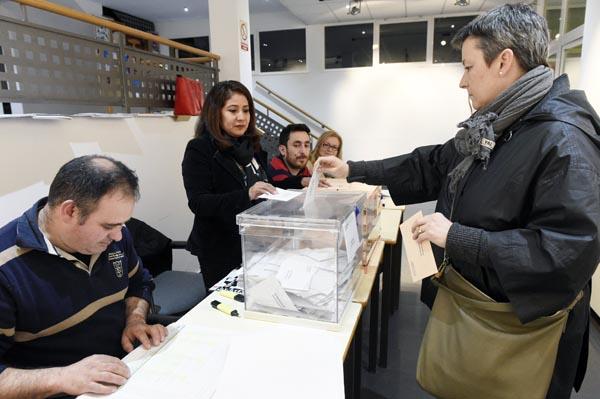 Photo of Baixa a participación ourensá nas eleccións, segundo os primeiros avances