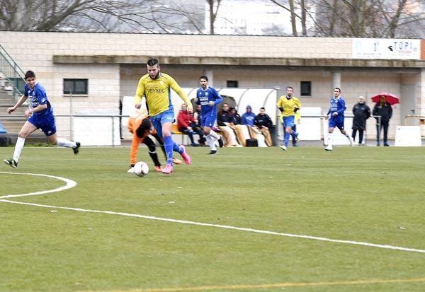 Photo of Fría tarde de fútbol no Aguillón