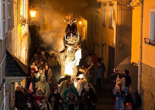 Photo of Os veciños de Laza arrancarán o Entroido o 15 de xaneiro co 1º Folión
