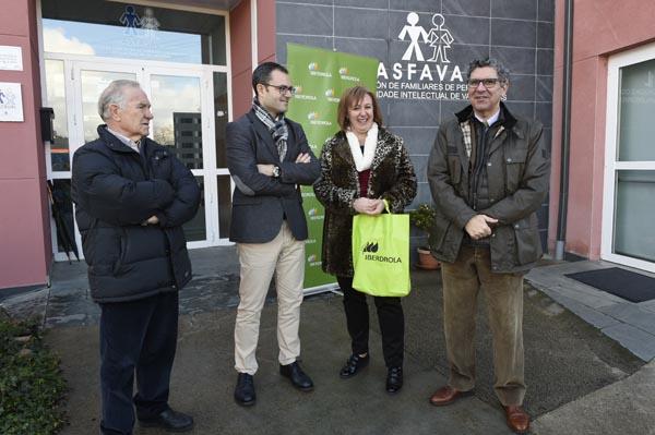 Os representantes de Iberdrola con membros da directiva de Asfaval.