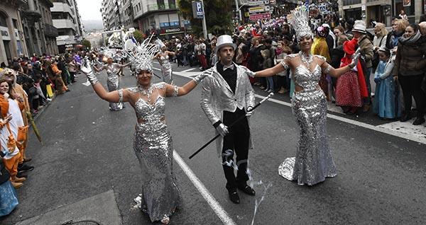 Photo of Multitudinario desfile de Entroido en Ourense