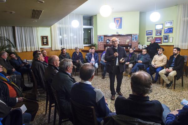 Photo of Baltar reúnese en Trives cos compromisarios ao congreso provincial do PP