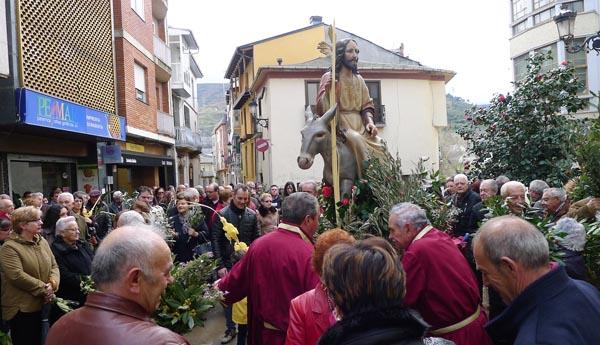 Photo of A procesión de ramos abre a Semana Santa na provincia