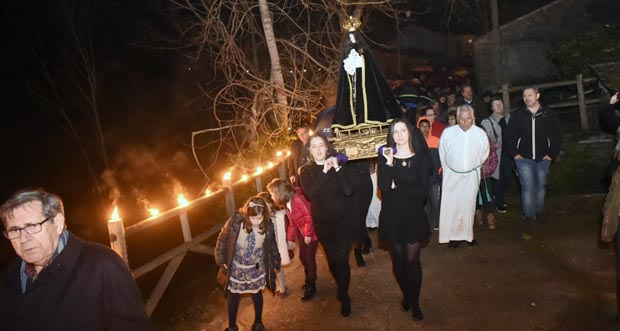 Photo of Reavívase a tradicional procesión dos Caracois no Castro