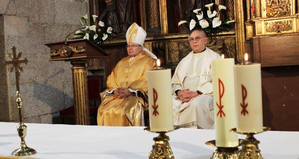 Photo of O Bispo de Astorga visita a parroquia de Santo Estevo, na Rúa