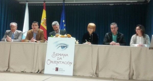 Acto inaugural da semana de orientación no instituto de Viana.