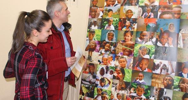 Photo of Chega a Ourense a exposición fotográfica da campaña mundial pola educación