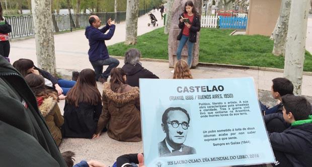 Photo of O IES Lauro Olmo celebra o Día do Libro cun roteiro literario polo Barco