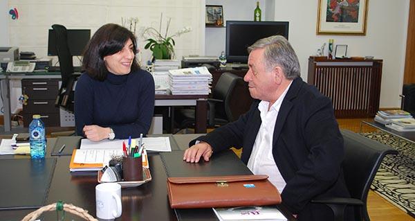 O alcalde de Montederramo, Antonio Rodríguez, preguntou á conselleira pola parcelaria.
