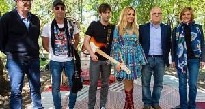 Marta Sánchez grava en Laias o spot oficial de La Vuelta