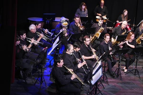 Saxofonistas barquenses actuando nun dos concertos da Banda de Música./ Foto: Carlos G. Hervella.