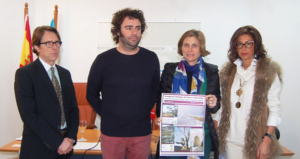 O alcalde de Manzaneda, segundo pola esquerda, na presentación do congreso, xunto á directora de Turismo de Galicia, a delegada da Xunta en Ourense e o doutor Ulloa.