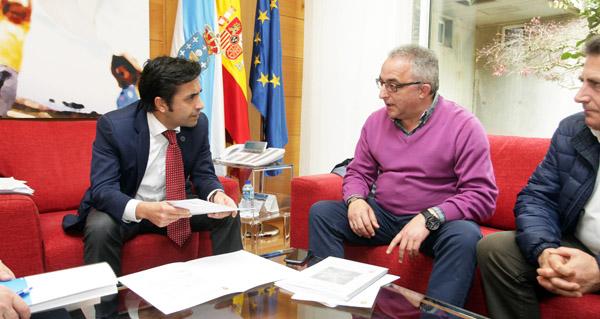 Photo of O alcalde de Muíños reúnese co conselleiro de Política Social