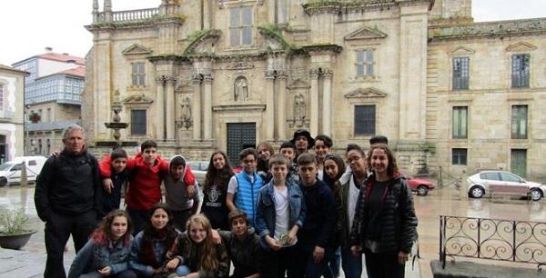 Photo of Alumnos do Cañada Blanch de Londres visitan a Fundación Curros Enríquez
