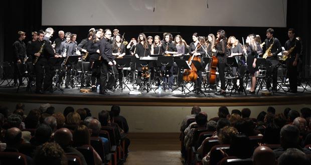 Photo of Multitudinario concerto de aniversario da Banda de Música do Barco