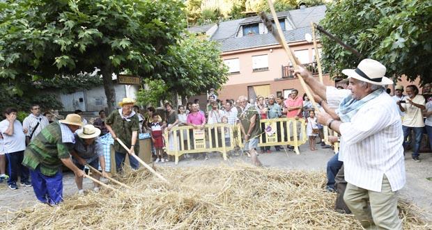 Photo of A mostra de malla e criba pon o broche ao Mercado Medieval