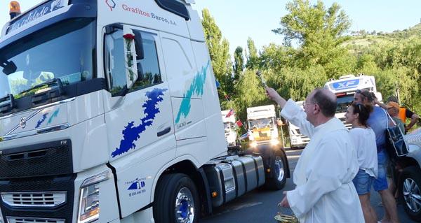 Photo of Os camións toman O Barco na procesión de San Cristovo