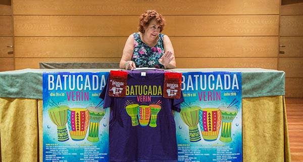 A edil de Festexos, Emilia Somoza, durante a presentación do programa da Batucada 2016.