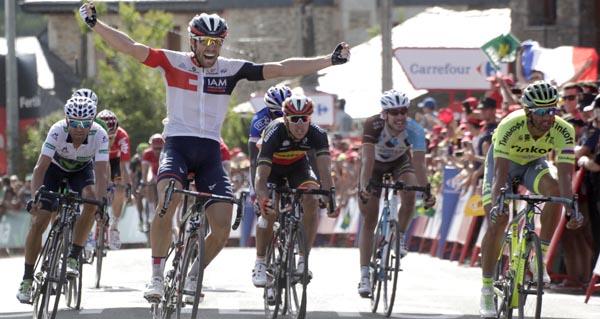 Photo of O ciclista Van Genechten vence en Puebla de Sanabria
