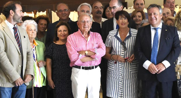 Photo of A Asociación de Médicos Galegos reúnese no restaurante La Viuda de Trives