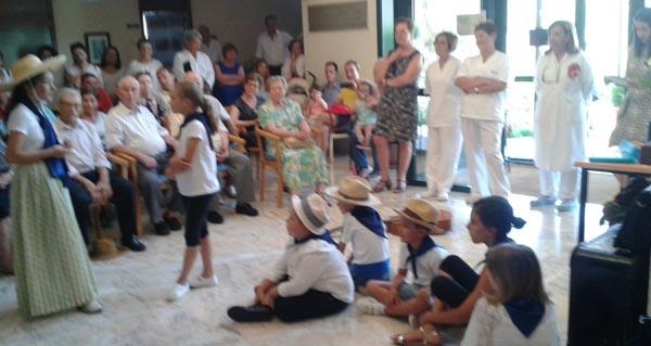 Photo of Festa da Familia na residencia de maiores do Bolo