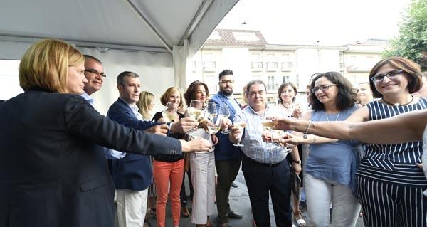 Photo of Os viños de ata 16 adegas poden desfrutarse na XI Feira da D.O. Monterrei