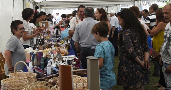 Vilariño enxalza os seus produtos tradicionais e o seu Entroido