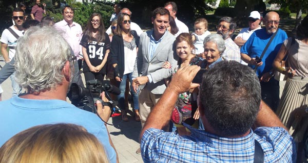 Photo of Albert Rivera, na cidade das Burgas