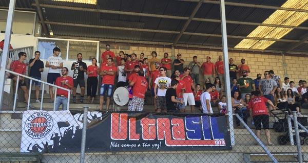 Photo of Deporte e solidariedade no partido de fútbol das Festas do Cristo do Barco