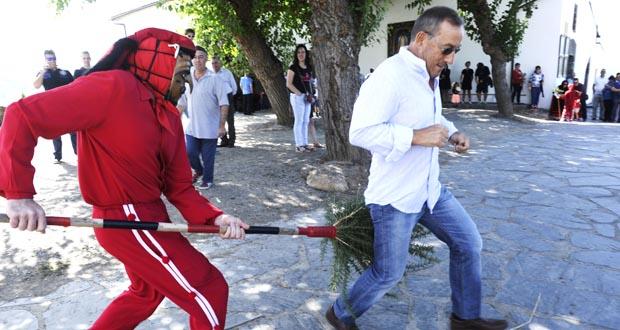 Photo of O Meco desprega o seu ritual na Romaría da Ermida