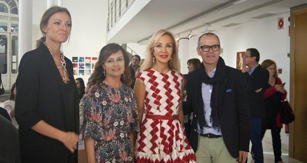 """Photo of Carmen Lomana e Cristina Bermúdez resaltan a """"calidade"""" do comercio ourensán"""