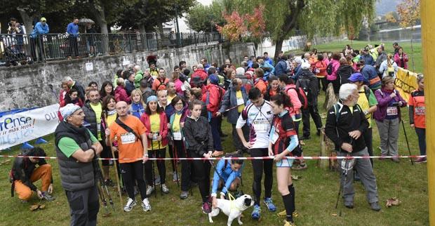 Photo of Preto de 200 participantes na andaina e trail do Barco