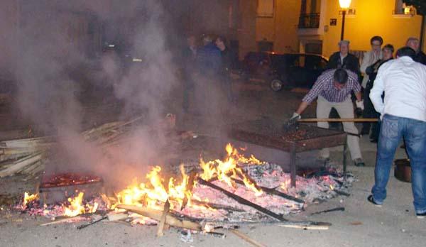 Photo of A asociación O Mosteiro prepara o tradicional magosto en Vilanova (O Barco)
