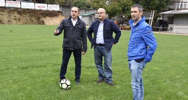 Photo of O campo de fútbol A Queixeira, en Arnoia, contará con herba natural