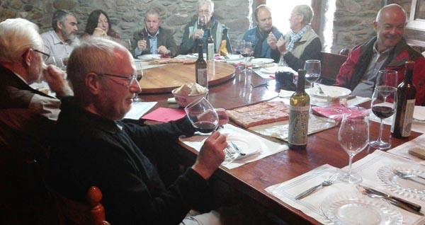 Photo of Sumilleres austríacos proban os viños de La Perdida, en Larouco
