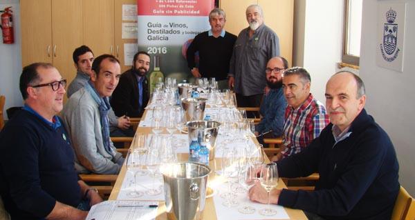 Photo of Cata de calificación dos viños de branco lexítimo, en Paderne