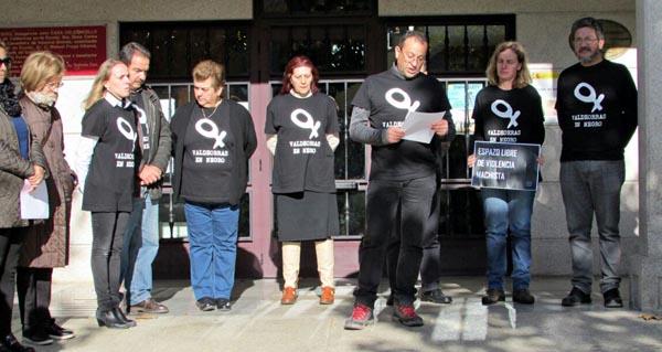 Photo of Concentración e charla informativa contra a violencia machista, en Vilamartín