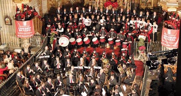 Photo of Unha panxoliña recollida en Vilamartín, na felicitación de Nadal da Real Banda de Gaitas da Deputación