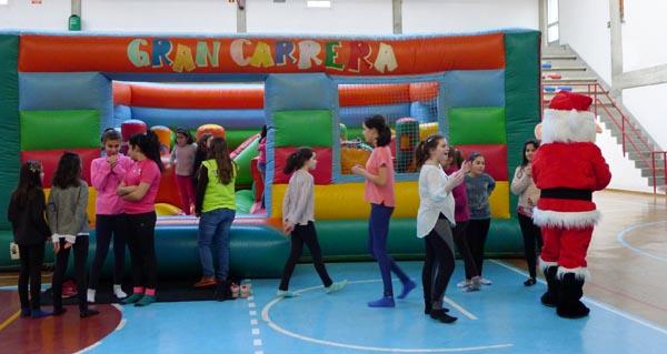 Photo of Tarde de xogos e inchables no pavillón de Calabagueiros