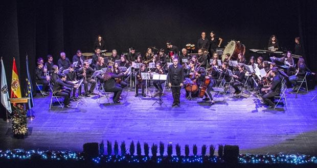 Photo of A Banda de Música do Barco pon son ao Día da Constitución en Ourense