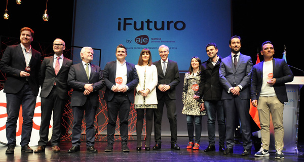 Photo of AJE Galicia entrega os seus premios en Ourense