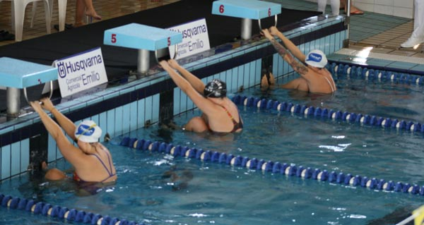 Photo of Tres clubs ourensáns no campionato galego máster de inverno de natación