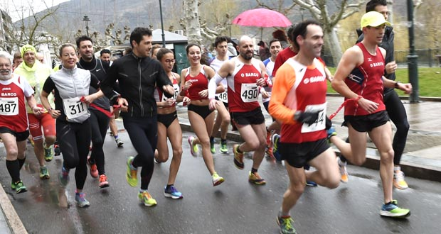Photo of 21 parellas participan na VI carreira Obarconamora marcada pola chuvia
